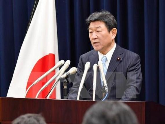 Bộ trưởng Nhật Bản phụ trách đàm phán Hiệp định CPTPP trong cuộc họp báo sau hội nghị tại Tokyo. (Nguồn: Kyodo/TTXVN)
