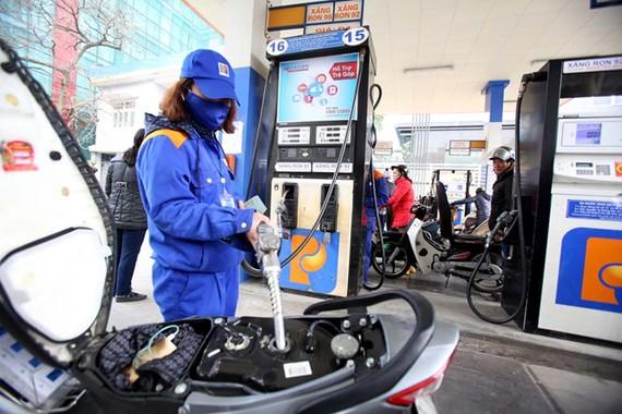 Nhiều bất cập trong điều hành xăng dầu cho thấy một số chính sách đã không còn phù hợp