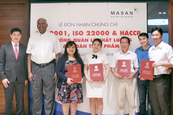 Masan nhận chứng chỉ chất lượng và an toàn cho 12 nhà máy thức ăn chăn