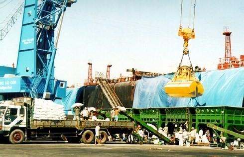 4 tháng đầu năm, Việt Nam xuất siêu hơn 3 tỷ USD. (Ảnh minh họa: KT).