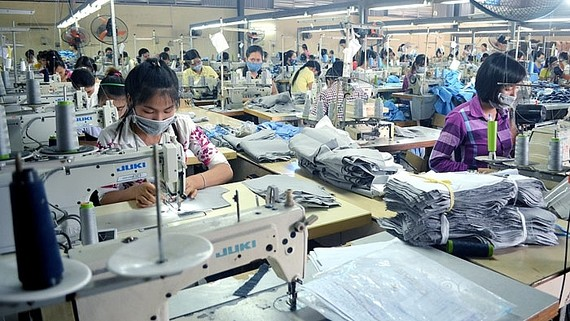 VEPR dự báo tăng trưởng GDP Việt Nam 2018 đạt 6,83%