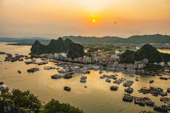 Vân Đồn (Quảng Ninh) là một trong 3 đặc khu hành chính kinh tế trong dự thảo luật được trình Quốc hội. (Ảnh: Minh Đức/TTXVN)