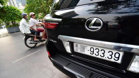 Đấu giá biển số xe có thể thu về ngân sách hơn 12.000 tỷ đồng/năm?