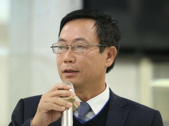 Chủ tịch Ủy ban Chứng khoán Nhà nước Trần Văn Dũng