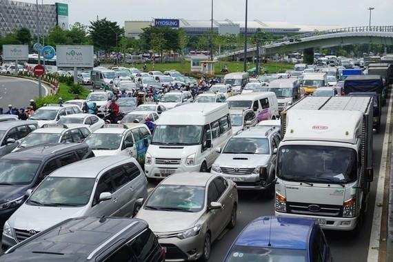 6 tháng đầu năm 2018 không xảy ra vụ ùn tắc giao thông nào tại khu vực sân bay Tân Sơn Nhất. Ảnh: M.Q