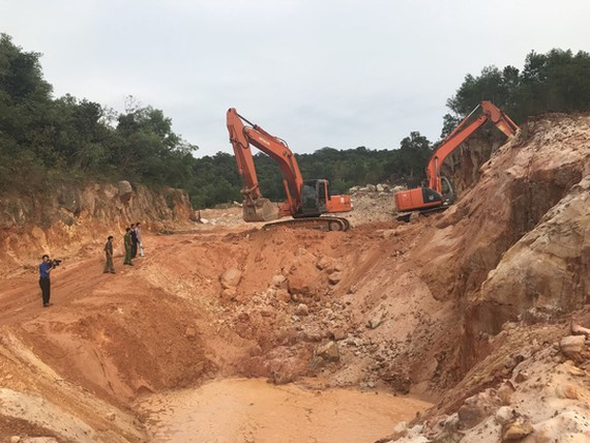 Khai thác khoáng sản trái phép gây hủy hoại môi trường tự nhiên ở Phú Quốc cũng rất báo động - Ảnh: D.Vân