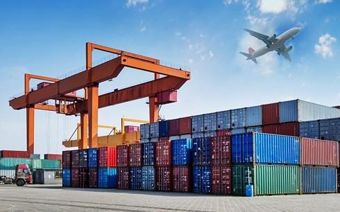 Theo đánh giá của Ngân hàng Thế giới, vấn đề nổi cộm nhất của Việt Nam là chi phí logistics ở mức khá cao. (Ảnh minh họa: KT).