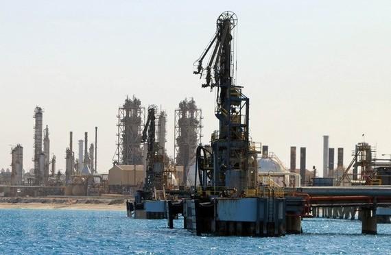 Cơ sở khai thác dầu tại thị trấn al-Buraqah, Libya. (Nguồn: AFP/TTXVN)