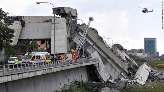 Ý: Cảnh báo thêm 300 cây cầu có thể sập trong tương lai