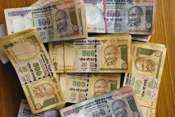 Kinh tế Ấn Độ chịu tác động từ đồng rupee mất giá