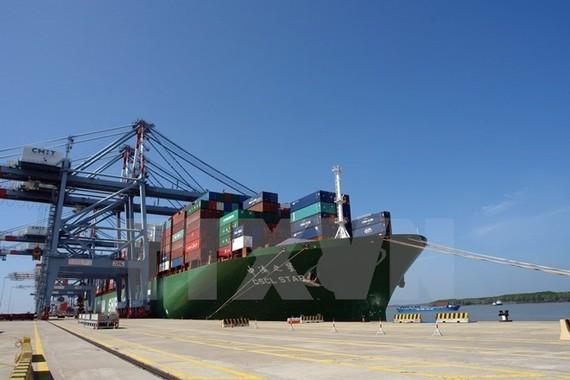 Lĩnh vực vận tải biển-cảng biển-logistics vẫn là thế mạnh của Vinalines tập trung khai thác. (Ảnh: TTXVN)