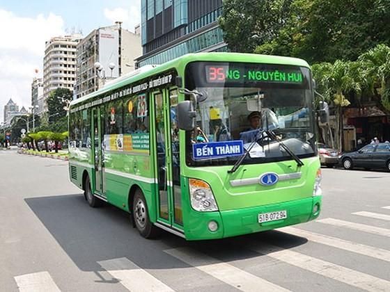 Tăng cường xe buýt đảm bảo phục vụ hành khách trong dịp lễ 2-9