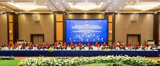 Tập đoàn Vingroup đã chính thức ký kết thỏa thuận hợp tác với 54 trường Đại học Khoa học công nghệ hàng đầu Việt Nam.