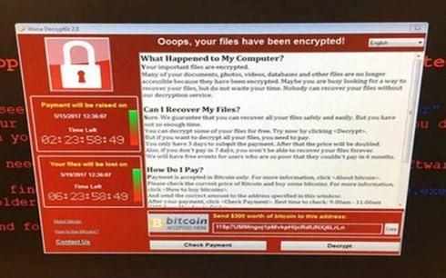 Màn hình máy tính bị tấn công mạng. (Ảnh: Indian Express)