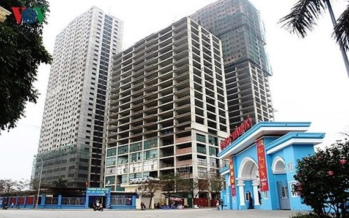 Dự án nhà ở xã hội AZ Thăng Long chậm tiến độ bàn giao cho người dân gần 1 năm nay.