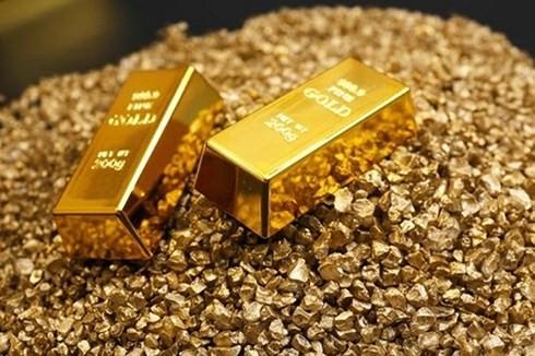 Giá vàng trong nước ngược chiều giá vàng thế giới