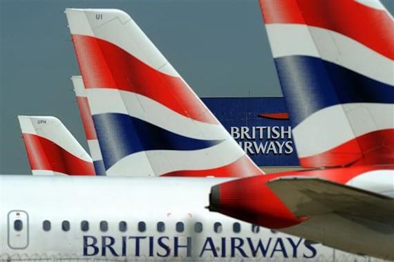 Máy bay của British Airways đỗ tại sân bay Heathrow, London, Anh. (Nguồn: AFP/TTXVN)