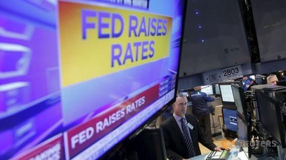 FED tăng lãi suất, giới đầu tư thận trọng