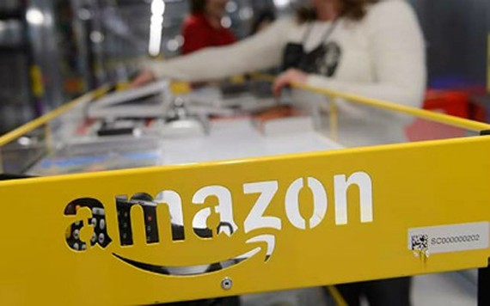 Ước khoảng 200 doanh nghiệp Việt Nam có bán hàng trên Amazon. (Ảnh: EPA)