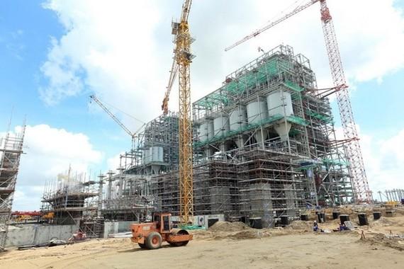 Công trường xây dựng Nhà máy nhiệt điện Sông Hậu 1. (Ảnh: Huy Hùng/TTXVN)