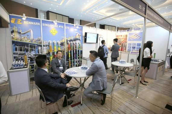 Nhiều sản phẩm mới tại triển lãm ngành dầu khí và hàng hải