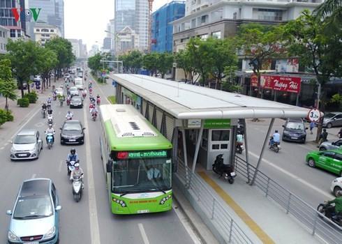 Buýt nhanh BRT Hà Nội: Thanh tra ra đầy rẫy sai phạm