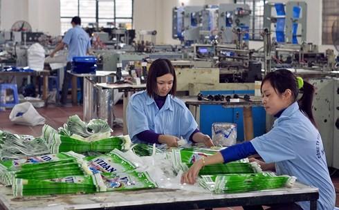 Kinh tế tư nhân phát triển có sự đóng góp rất lớn của doanh nhân Việt. (Ảnh minh họa: KT)