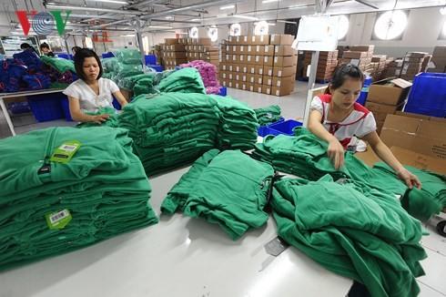 Doanh nhân nữ làm chủ doanh nghiệp: Năng động, vượt khó để thành công