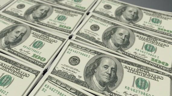 Tỷ giá ngoại tệ ngày 7/11: USD thế giới giảm mạnh, trong nước tăng