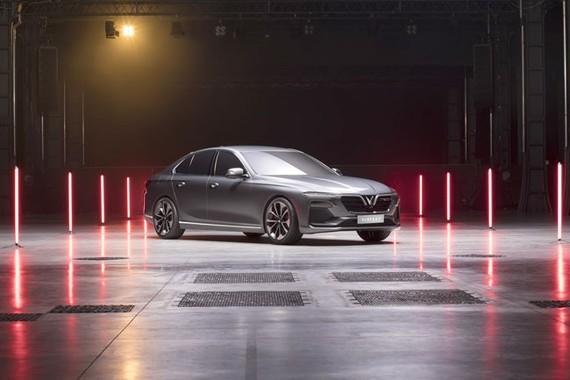 VinFast ra mắt 3 dòng sản phẩm ô tô, xe máy điện