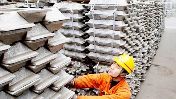 Nhôm và thép của Trung Quốc chịu thuế cao khi xuất khẩu sang Mỹ