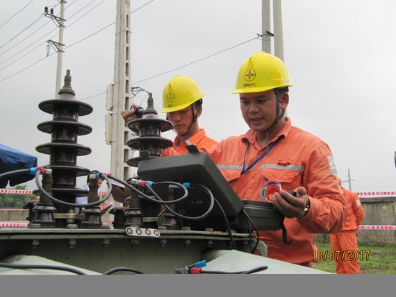 Nhiều công trình lưới điện được đóng điện, đưa vào vận hành đã góp phần bảo đảm cung ứng điện với độ tin cậy ngày càng cao. Ảnh: VGP/ Toàn Thắng