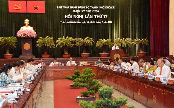 Hội nghị lần thứ 17 Ban Chấp hành Đảng bộ TPHCM khóa X khai mạc vào sáng 4-7. Ảnh: VIỆT DŨNG