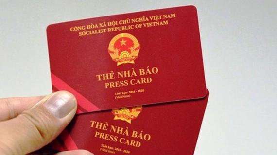 Thẻ nhà báo vẫn được chấp nhận khi làm thủ tục lên máy bay