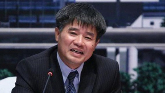 Ông Lê Mạnh Hùng