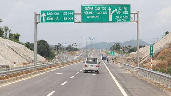 Đường cao tốc Nội Bài – Lào Cai. Ảnh: VEC