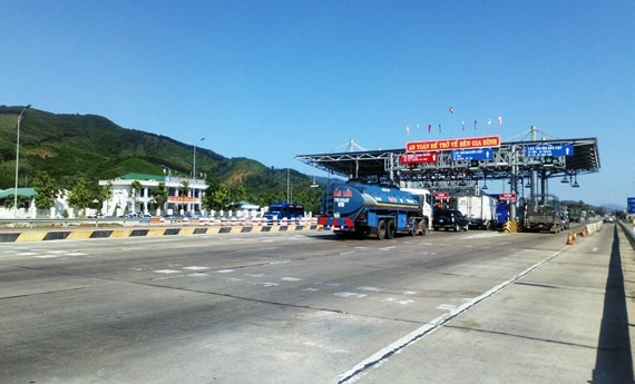 Trạm BOT Bắc Bình Định được thu phí trở lại từ 21g ngày 5-11