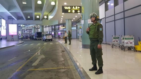 Lực lượng an ninh hàng không đang làm nhiệm vụ