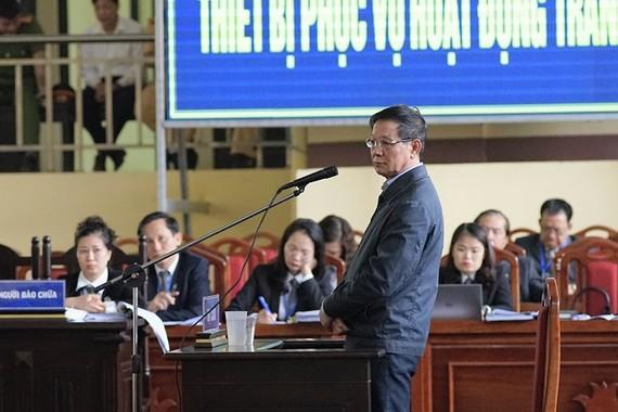 Cựu Trung tướng Phan Văn Vĩnh bị đề nghị 84-90 tháng tù