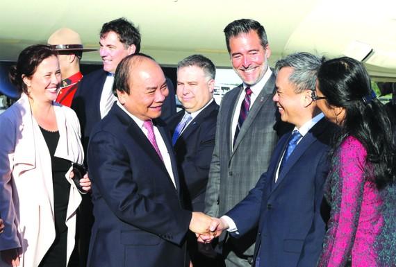 迎接政府總理阮春福的歡迎儀式在魁北克讓‧勒薩熱國際機場舉行。