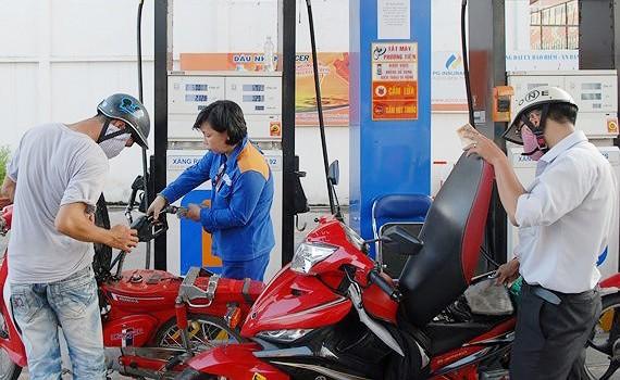 Giá xăng, dầu đồng loạt tăng