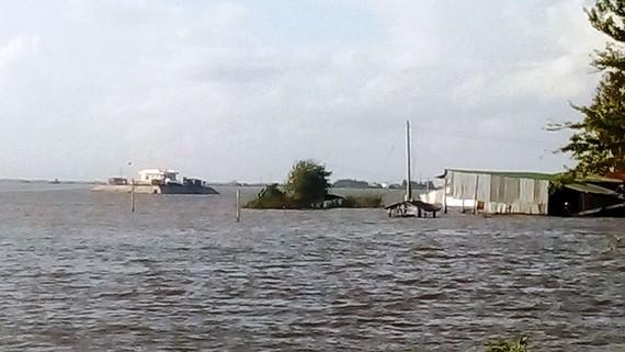 Lũ lên cao gây ngập nhiều nơi ở An Giang