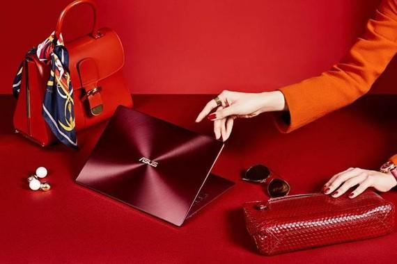 ASUS ZenBook S Đỏ Burgundy