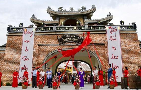 Hội An ra mắt công viên văn hoá trên sông Hoài