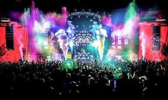 Lễ hội âm nhạc điện tử tại Công viên nước Hồ Tây