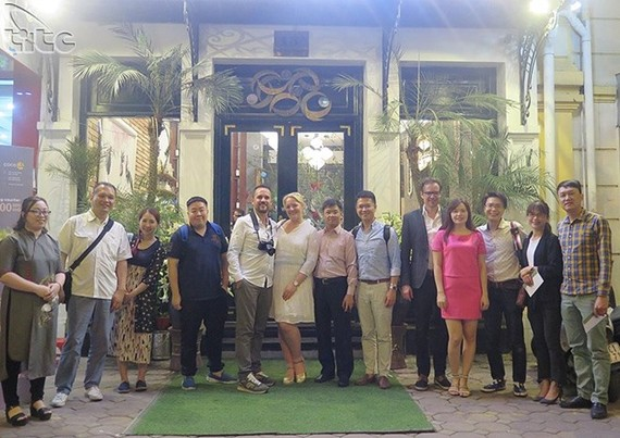A group of 11 international bloggers from England, Germany, France and Italy, as well as Japan, Singapore, Indonesia and Taiwan arrived in Vietnam to promote the country's tourism (Photo: vietnamtourism.gov.vn)