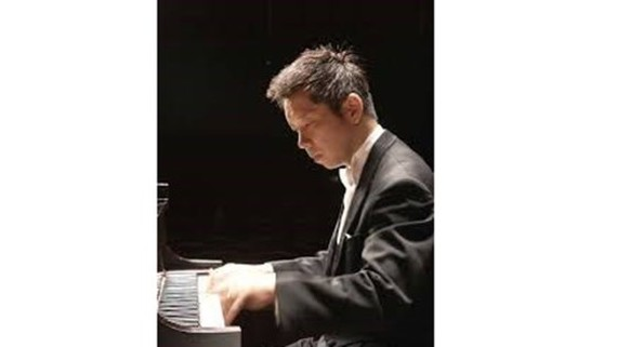 Japanese pianist Akira Eguchi