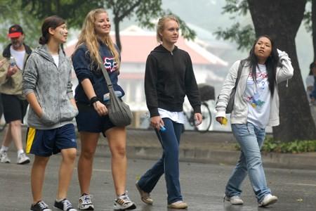 Foreign tourists visit Vietnam
