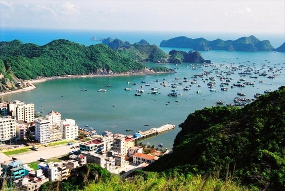 One corner of Cat Ba island. The island will be developed into an eco-smart island and a national tourism site. (Photo: VNA)