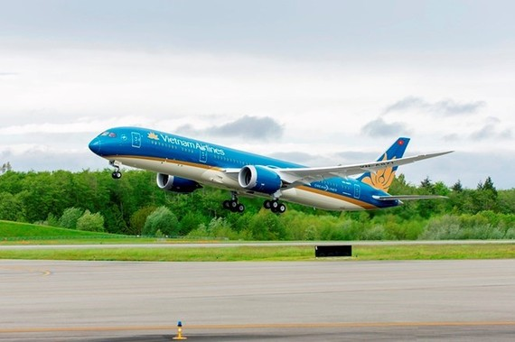 Vietnam Airlines changes flights to Taiwan due to storm Nesat